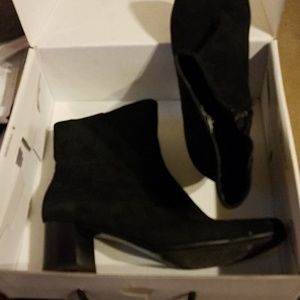 Nine West size 8.5 NW7Prettylad shoes